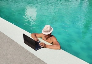 aan het werk op vakantie1